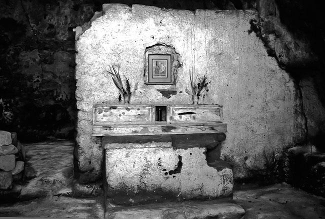 black and white photo of civita di bagnoregio